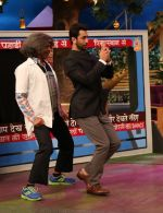 Ranbir Kapoor at the promotion of Ae Dil Hai Mushkil on the sets of Kapil Sharma Show on 19th Oct 2016 (68)_5808787d4e8e8.JPG