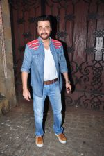 Sanjay Kapoor celebrate Karva Chauth at Anil Kapoor�s house in Juhu on 19th Oct 2016 (15)_5808706b85cea.JPG