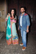 Sanjay Kapoor celebrate Karva Chauth at Anil Kapoor�s house in Juhu on 19th Oct 2016 (72)_580870799ed21.JPG
