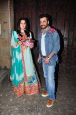 Sanjay Kapoor celebrate Karva Chauth at Anil Kapoor�s house in Juhu on 19th Oct 2016 (74)_5808707f56623.JPG