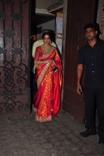 Sridevi celebrate Karva Chauth at Anil Kapoor�s house in Juhu on 19th Oct 2016 (78)_580870a06b1fc.JPG