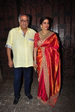 Sridevi, Boney Kapoor celebrate Karva Chauth at Anil Kapoor�s house in Juhu on 19th Oct 2016 (39)_580870a48c139.JPG