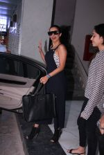 Malaika Arora Khan snapped on 20th Oct 2016 (1)_5809d94f1d348.JPG