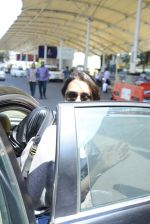 Shraddha kapoor at domestic Airport on 20th Oct 2016 (1)_5809af88087f6.JPG