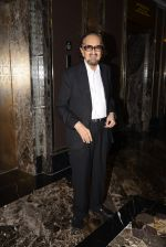 Alyque Padamsee during the launch of KamaSutra Honeymoon Surprise Pack on 21st Oct 2016 (4)_580b5d12d6189.JPG