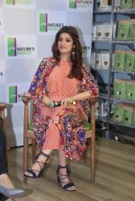 Twinkle Khanna at Godrej Nature_s Basket launch event on 20th Oct 2016 (5)_580af9a30b7ff.JPG