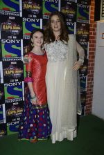 Erika Kaar, Abigail Eames promote Shivaay on the sets of The Kapil Sharma Show on 22nd Oct 2016 (162)_580c618db3572.JPG