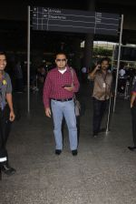 Gulshan Grover snapped at airport on 22nd Oct 2016 (36)_580c551b053c5.JPG