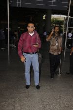 Gulshan Grover snapped at airport on 22nd Oct 2016 (37)_580c551bcee3c.JPG
