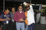 Gulshan Grover snapped at airport on 22nd Oct 2016 (41)_580c551eb2e45.JPG