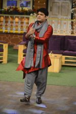 Kapil Sharma on the sets of The Kapil Sharma Show on 22nd Oct 2016 (88)_580c62057fefa.JPG