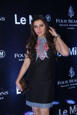 Kehkashan Patel at Le Mill red carpet in Four Seasons on 22nd Oct 2016 (8)_580c5ef91da40.JPG