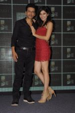 Pooja Chopra and Manoj Bajpai at Royal Stag event on 22nd Oct 2016 (24)_580c5b884d612.JPG