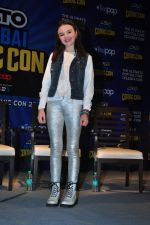 Abigail Eames with Shivaay team at Mumbai Comic Con on 23rd Oct 2016 (45)_580db3c1118dd.JPG