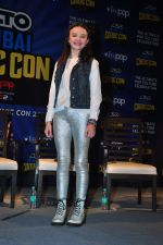 Abigail Eames with Shivaay team at Mumbai Comic Con on 23rd Oct 2016 (46)_580db3c30f1b4.JPG