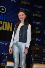 Abigail Eames with Shivaay team at Mumbai Comic Con on 23rd Oct 2016 (47)_580db3c481e93.JPG