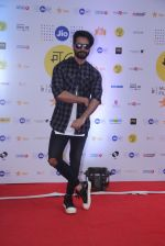 Shahid Kapoor at Mami Film Festival 2016 on 23rd Oct 2016 (10)_580db0fa5681b.JPG