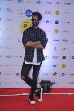 Shahid Kapoor at Mami Film Festival 2016 on 23rd Oct 2016 (13)_580db0fc30bd7.JPG