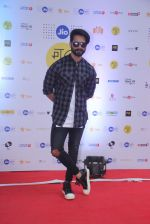 Shahid Kapoor at Mami Film Festival 2016 on 23rd Oct 2016 (17)_580db0ff00728.JPG
