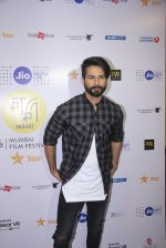 Shahid Kapoor at Mami Film Festival 2016 on 23rd Oct 2016 (54)_580db10ada183.JPG