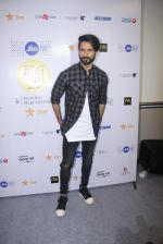 Shahid Kapoor at Mami Film Festival 2016 on 23rd Oct 2016 (55)_580db10b81785.JPG