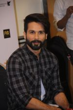 Shahid Kapoor at Mami Film Festival 2016 on 23rd Oct 2016 (57)_580db10cb2a31.JPG