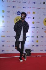 Shahid Kapoor at Mami Film Festival 2016 on 23rd Oct 2016 (6)_580db0f79ee90.JPG