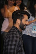 Shahid Kapoor at Mami Film Festival 2016 on 23rd Oct 2016 (66)_580db1122df7d.JPG