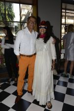 Shobha De at Clearing House launch in Mumbai on 23rd Oct 2016 (118)_580dbf7874067.JPG