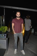 Anhay Deol at Chandon, Four Seasons bash hosted by Kiran Rao on 24th Oct 2016 (268)_580f6dd5ca7b4.JPG
