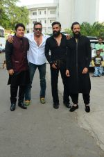 Sajid Khan, Jackie Shroff, Sunil Shetty, Riteish Deshmukh on the sets of Yaaron Ki Baraat on 24th Oct 2016 (37)_580f6b68d82fb.JPG