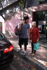 Aditya Roy Kapoor snapped with mom on 25th Oct 2016