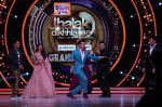 Hrithik Roshan on the sets of Jhalak Dikhla Jaa 9 grand finale on 25th Oct2016 (10)_58105b3a1260b.JPG