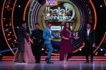 Hrithik Roshan on the sets of Jhalak Dikhla Jaa 9 grand finale on 25th Oct2016 (7)_58105b316d1a4.JPG