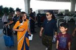 Kailash Kher snapped at airport on 25th Oct 2016 (48)_58104ef075a9e.JPG