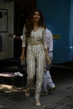 Shilpa Shetty on the sets of Super Dancer on 25th Oct 2016 (3)_5810507302fbf.JPG