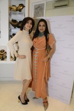 Aarti Surendranath at the launch of a new jewellery line of designer Paulomi Sanghavi in Mumbai on 27th Oct 2016 (11)_58131a07dee40.JPG
