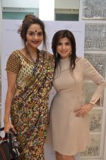 Madhoo Shah at the launch of a new jewellery line of designer Paulomi Sanghavi in Mumbai on 27th Oct 2016 (67)_58131a26e8206.JPG