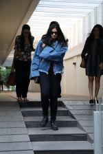 Rhea Kapoor snapped post lunch on 26th Oct 2016 (4)_5812fe4784be4.JPG