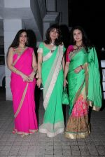 Poonam Dhillon at Pradeep Guha_s diwali party on 28th Oct 2016 (20)_5814c21cb1bbc.JPG