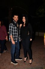 Sanjay Kapoor snapped at dinner in bandra on 27th Oct 2016 (11)_5814b7f6609b3.JPG