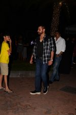 Sanjay Kapoor snapped at dinner in bandra on 27th Oct 2016 (3)_5814b7e6de219.JPG