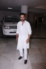 Shekhar Ravjiani at Manish Malhotra_s diwali party on 28th Oct 2016 (27)_5815dd57d3e1b.JPG