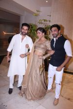 Shekhar Ravjiani at Manish Malhotra_s diwali party on 28th Oct 2016 (28)_5815dd58e88f1.JPG