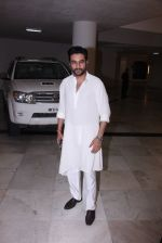Shekhar Ravjiani at Manish Malhotra_s diwali party on 28th Oct 2016 (33)_5815dd5becae9.JPG