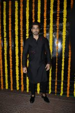 Gautam Gulati at Ekta Kapoor_s Diwali bash on 29th Oct 2016 (129)_5817387bcdeea.JPG