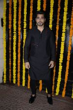 Gautam Gulati at Ekta Kapoor_s Diwali bash on 29th Oct 2016 (133)_5817387ec5c8d.JPG