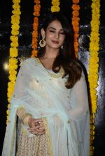 Sonal Chauhan at Ekta Kapoor_s Diwali bash on 29th Oct 2016 (93)_58174313c9aee.JPG