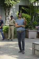 Purab Kohli snapped with Rock On 2 Team on 2nd Nov 2016 (20)_581b449e6c82d.JPG