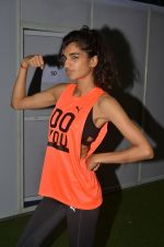 Anushka Manchanda at guiness record for PUMA on 6th Nov 2016 (122)_58209177f3216.JPG